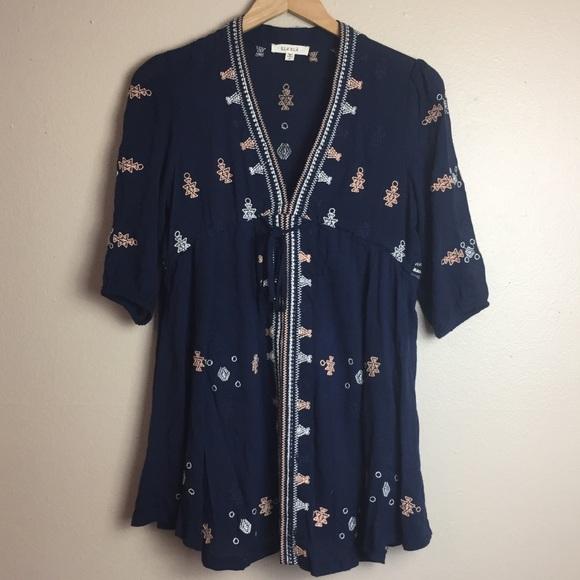87202cd2d44 ILLA ILLA Dresses   Skirts - Illa Illa Boho embroidered dress